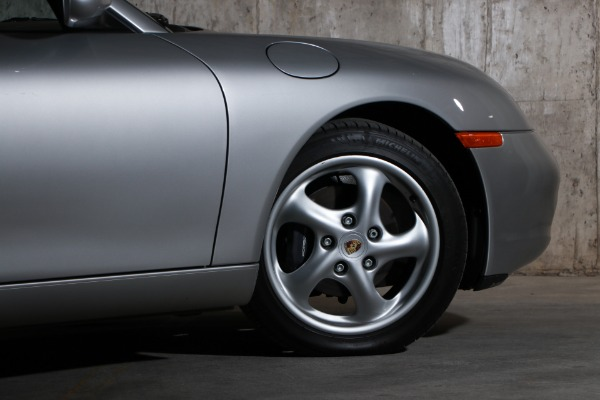 Used 2000 Porsche Boxster  | Glen Cove, NY