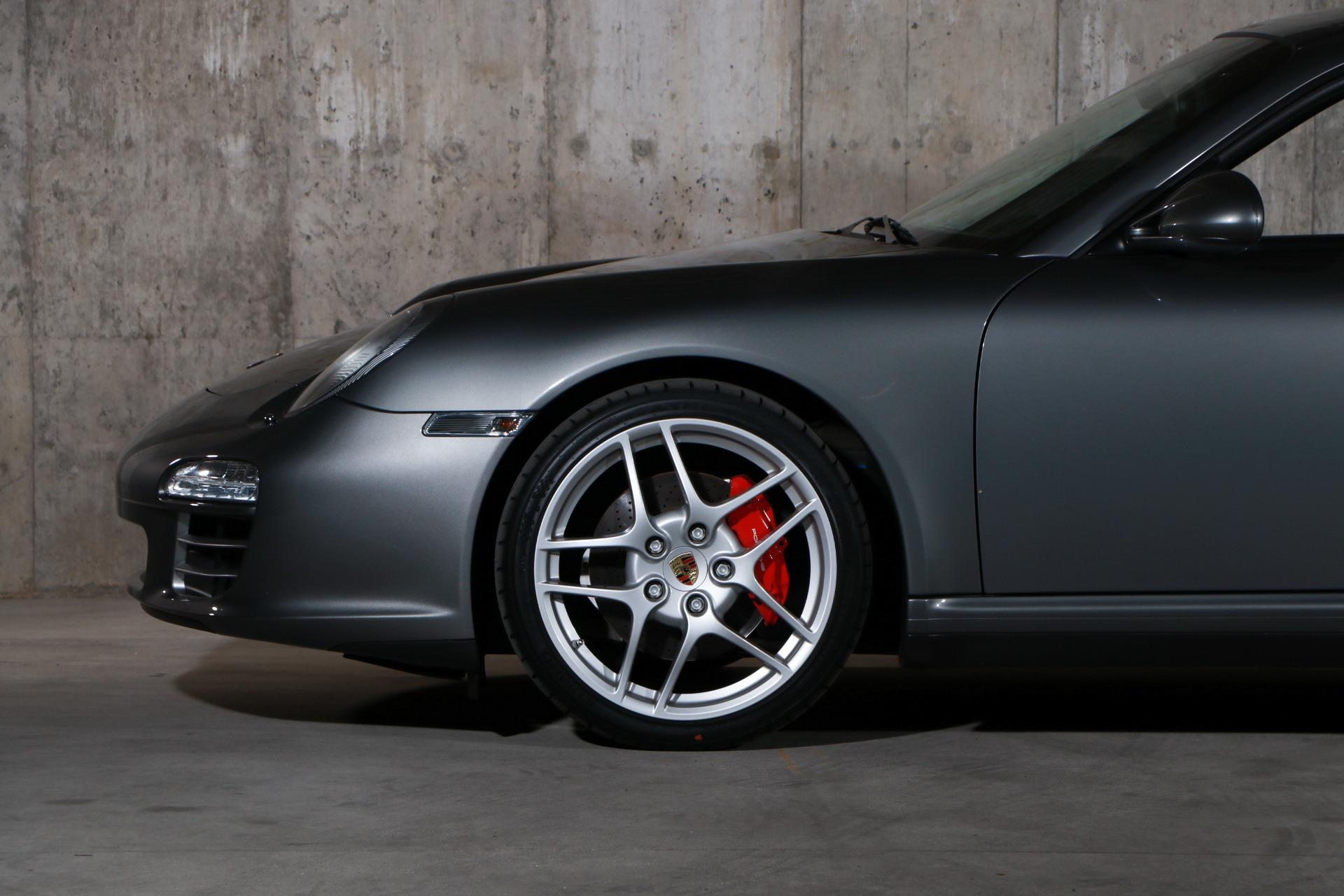 Used 2009 Porsche 911 Carrera 4S   Glen Cove, NY