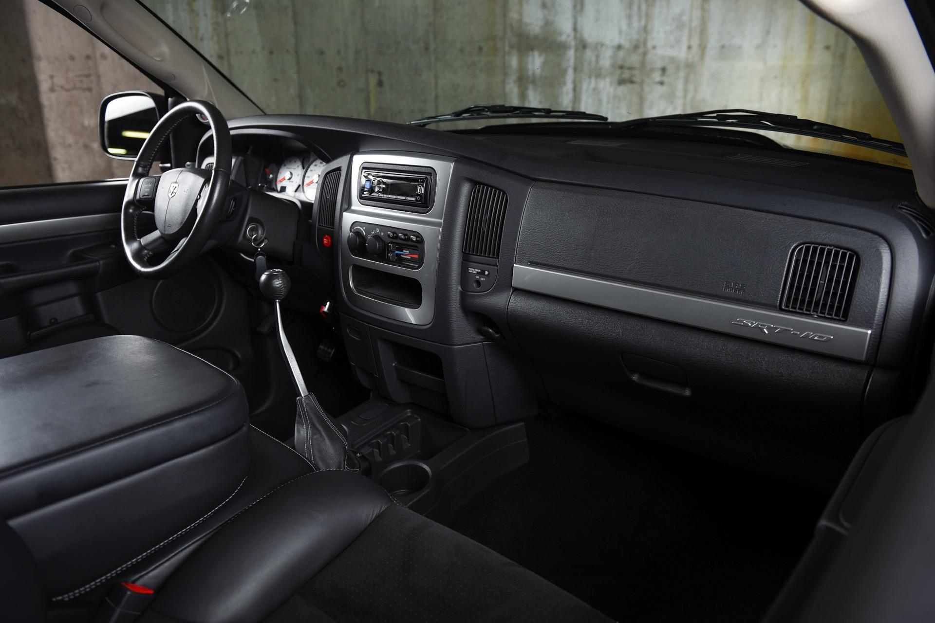 Used 2005 Dodge Ram Pickup 1500 SRT-10  | Valley Stream, NY