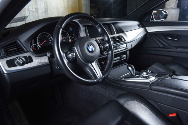 Used 2014 BMW M5  | Valley Stream, NY