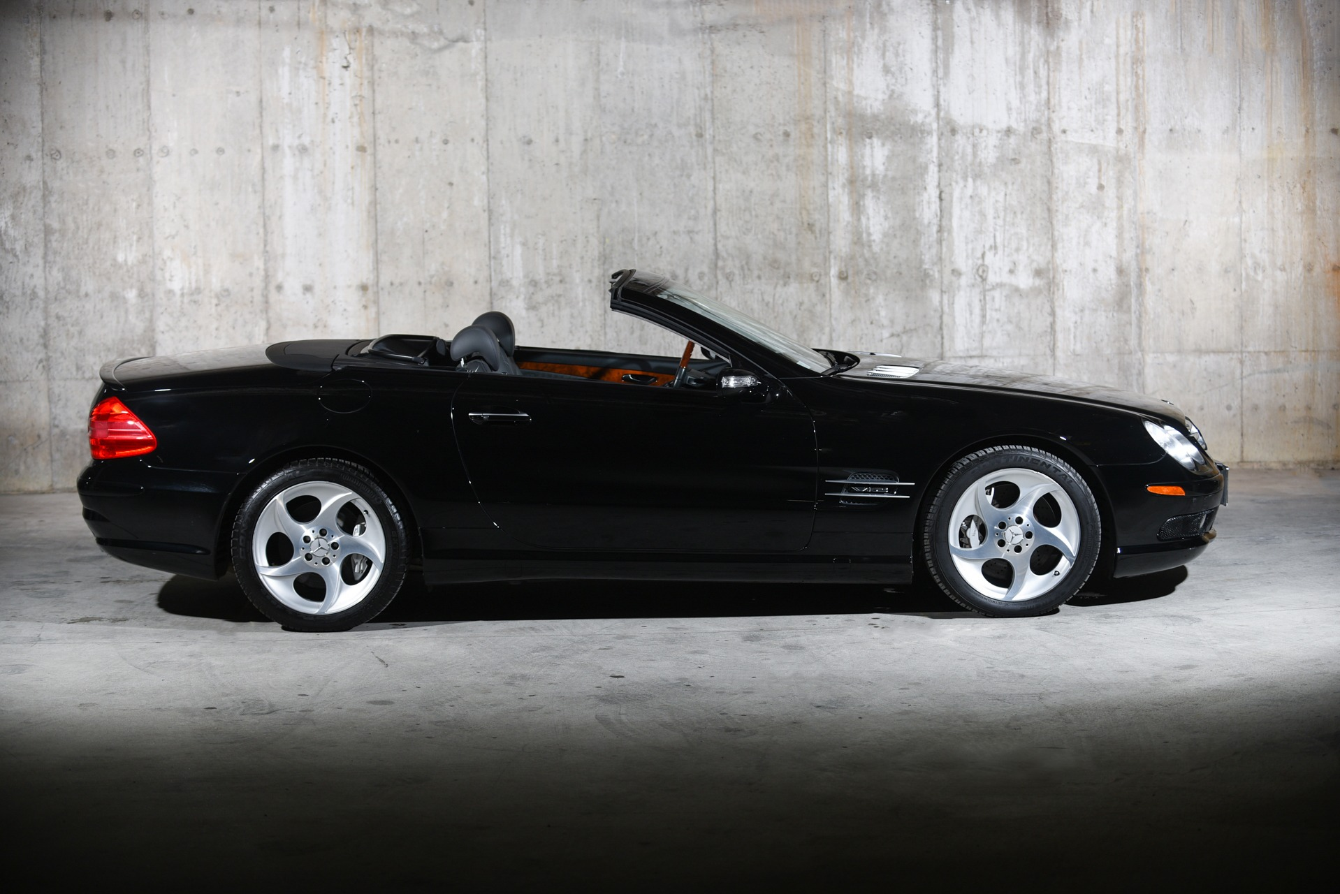 Used 2005 Mercedes-Benz SL-Class SL 600 | Valley Stream, NY