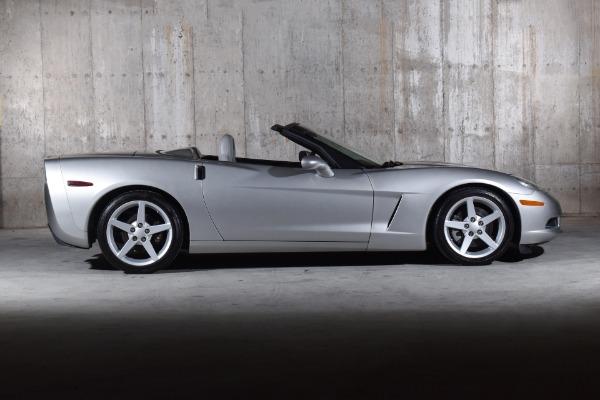 Used 2005 Chevrolet Corvette  | Valley Stream, NY