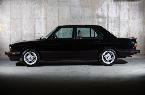 Used 1988 BMW M5    Valley Stream, NY