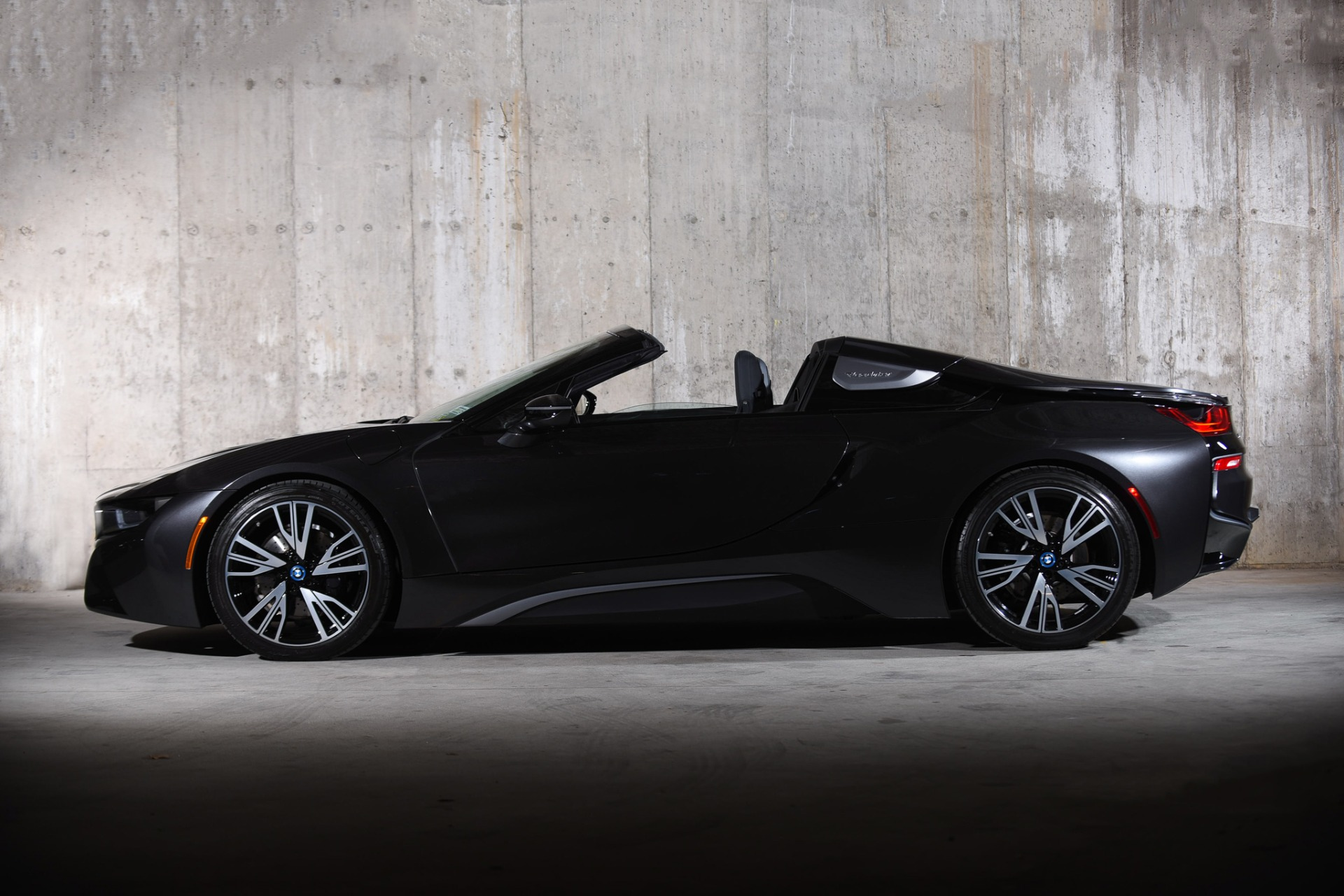 Used 2019 BMW i8  | Valley Stream, NY