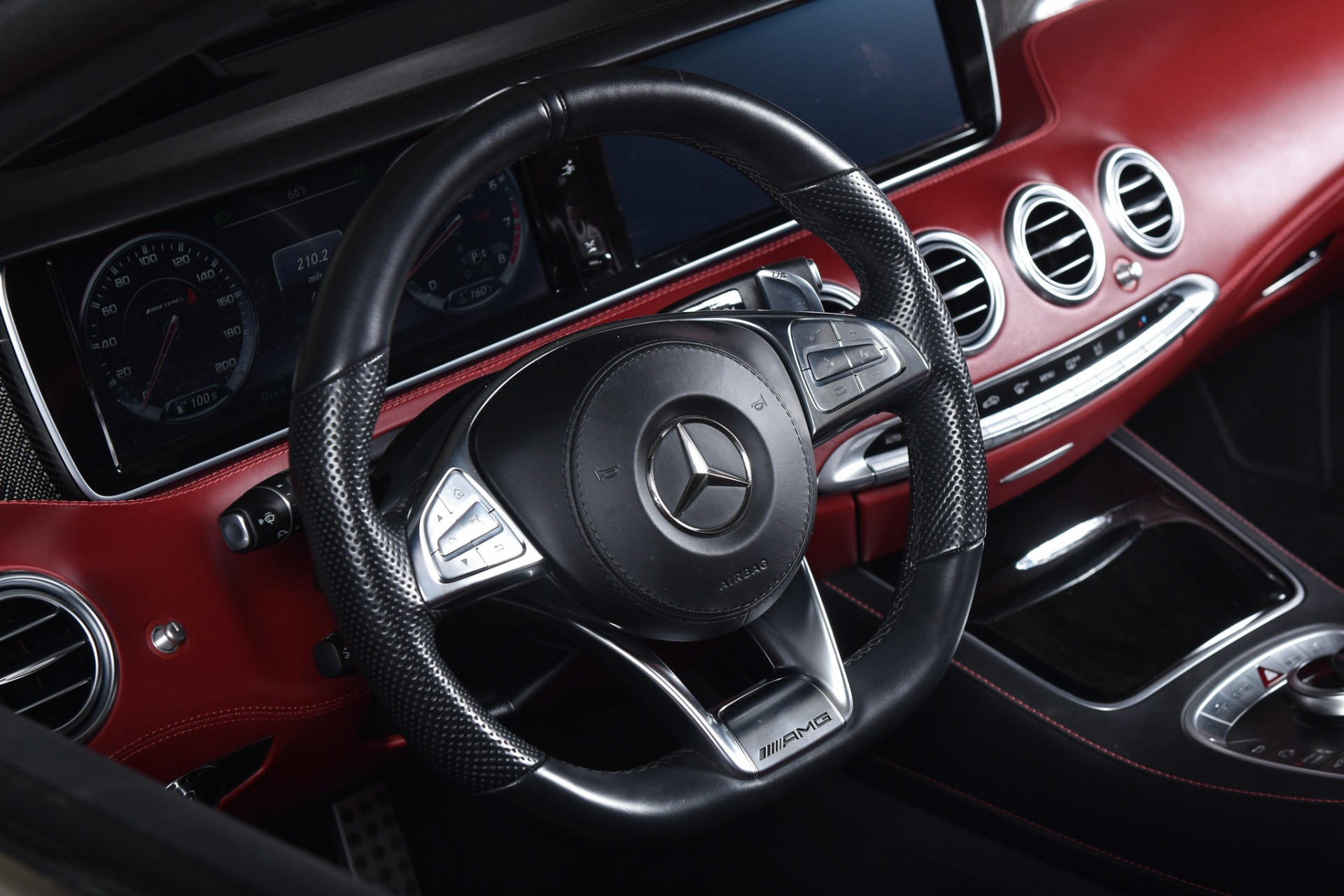 Used 2017 Mercedes-Benz S63  | Valley Stream, NY