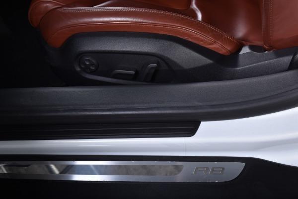 Used 2008 Audi R8 quattro | Valley Stream, NY