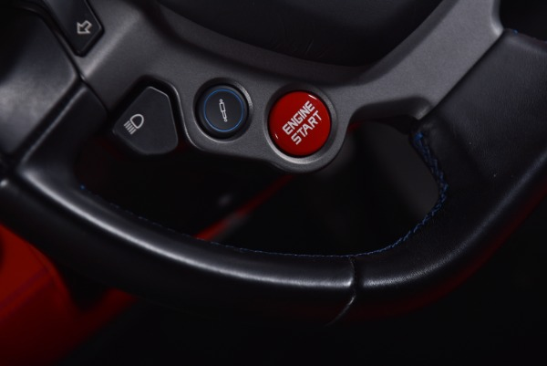 Used 2015 Ferrari 458 Italia  | Valley Stream, NY