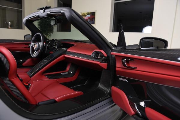 Used 2015 Porsche 918 Spyder  | Valley Stream, NY