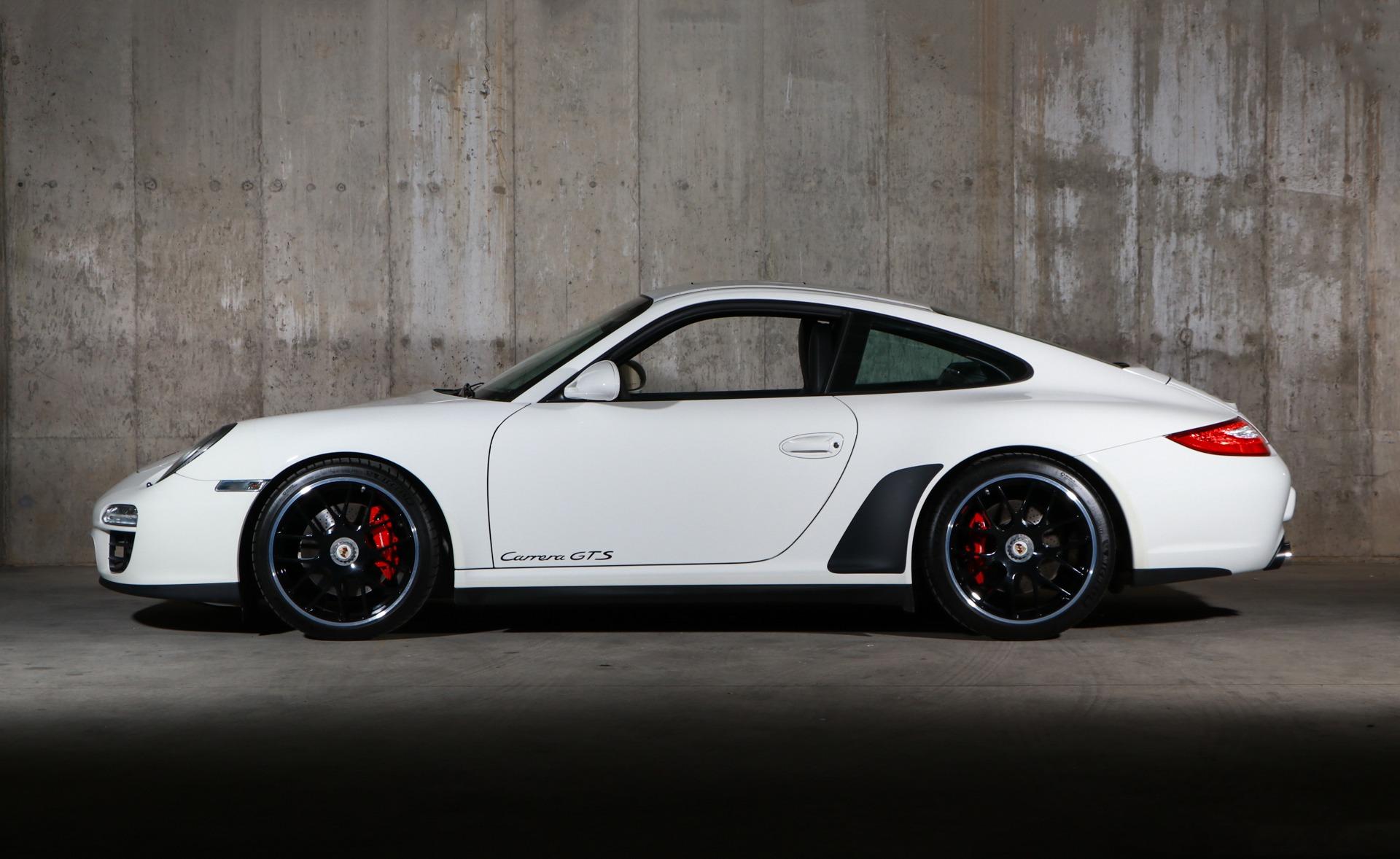 Used 2012 Porsche 911 Carrera GTS | Glen Cove, NY